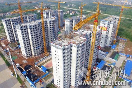 采用工业化的建造方式进行施工